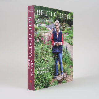Beth Chatto: A life with plants - Catherine Horwood