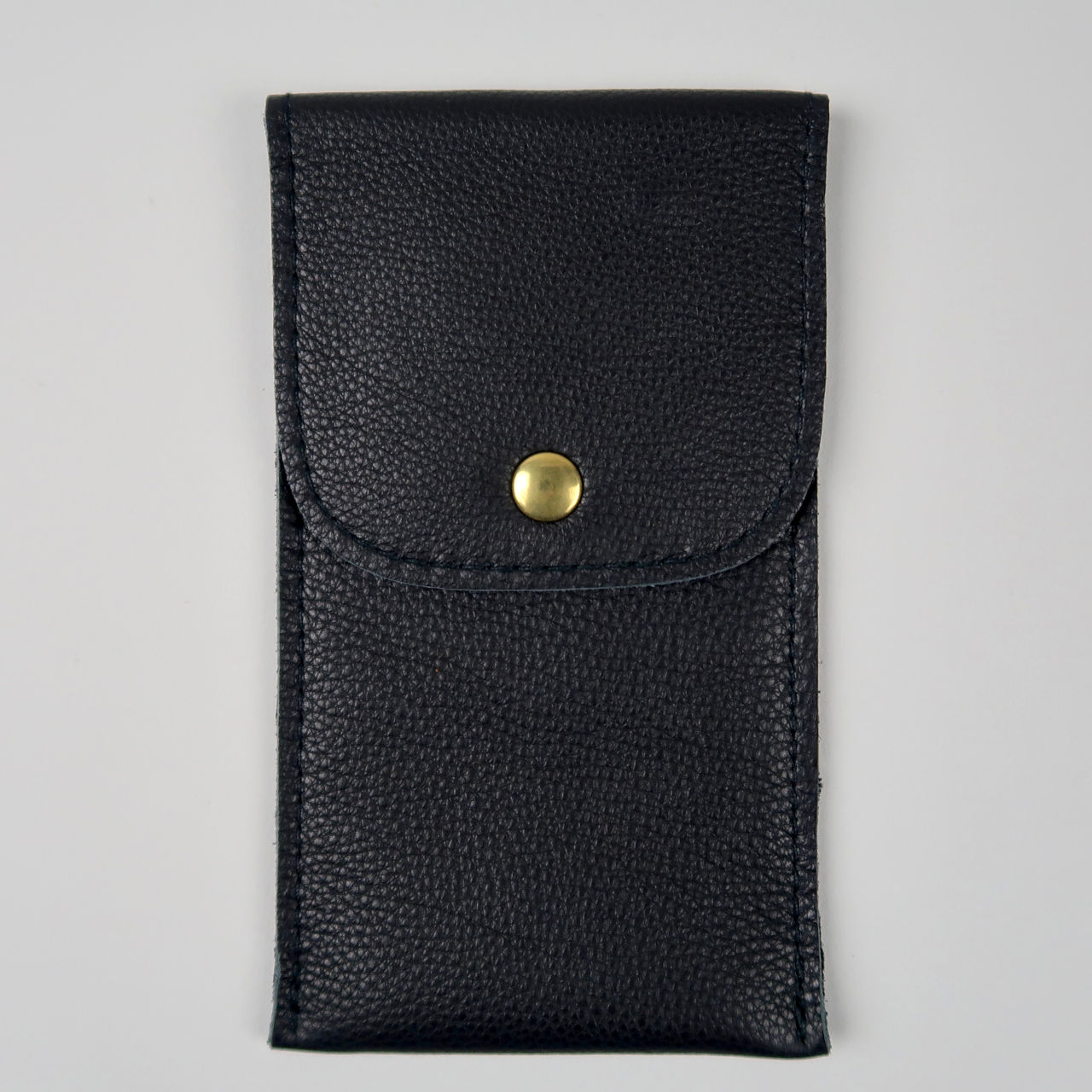 Black leather wristwatch pouch