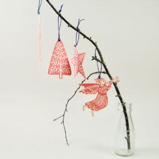 18 Folk Art Christmas Decorations