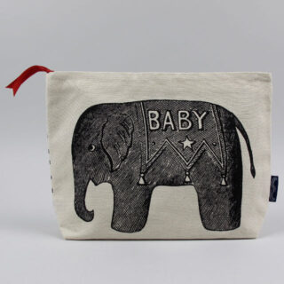 chase and wonder baby elelphant wash bag 01