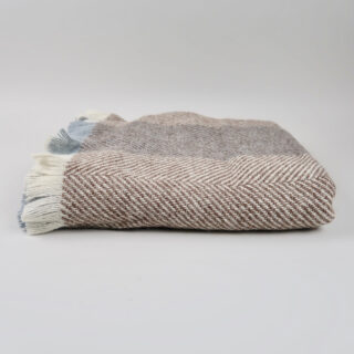Irish Wool 'Corran' Throw - Chestnut