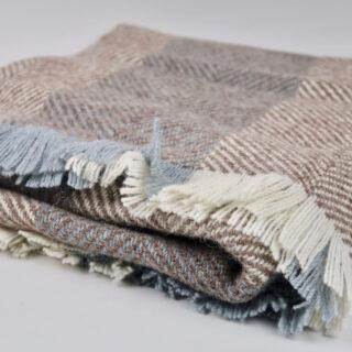 Irish Wool 'Corrán' Throw - Chestnut