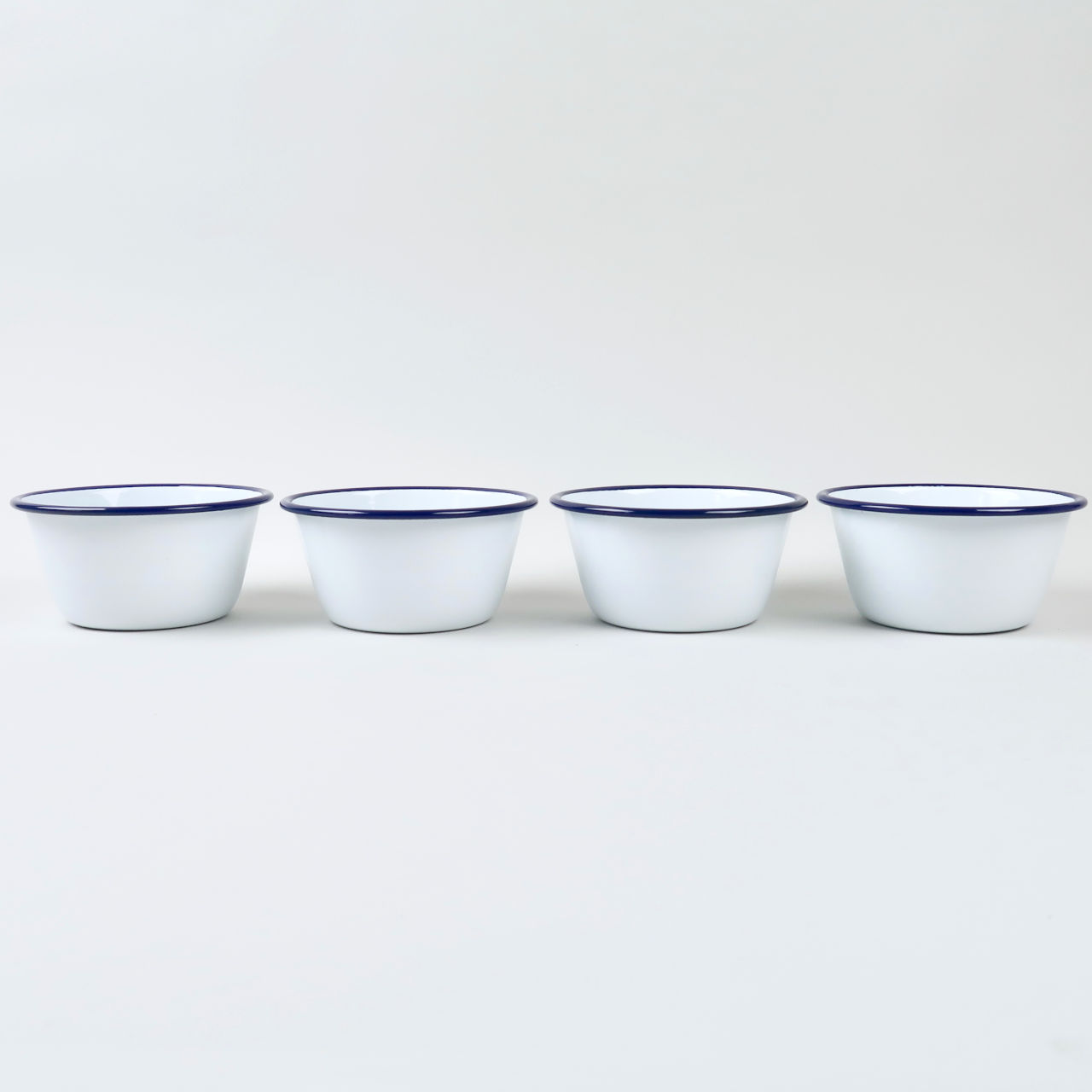Box of 4 Small Enamel Bowls - White