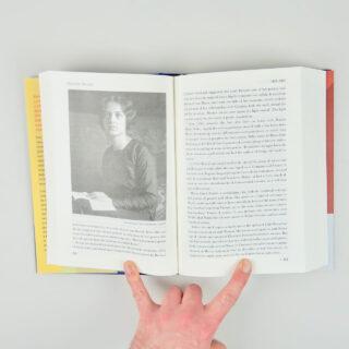 Walter Gropius: Visionary Founder of the Bauhaus - Fiona MacCarthy