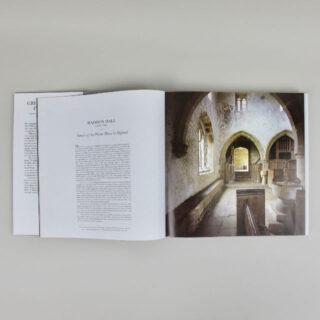 Great English Interiors - David Mlinaric & Derry Moore