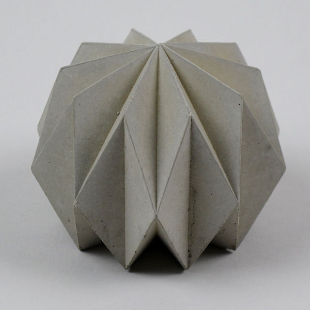 havelock-concrete-paperweight-03