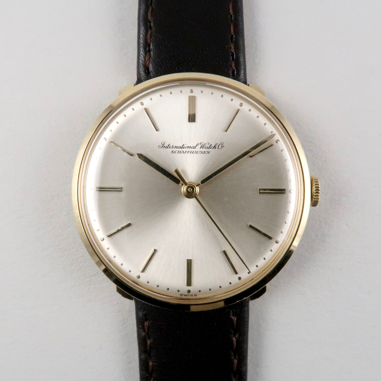 International Watch Co. Ref. 1410 gold vintage wristwatch, hallmarked 1968