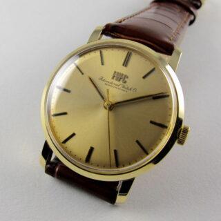 Gold International Watch Co. Ref. 2400 vintage wristwatch Ref. 2400, circa 1974
