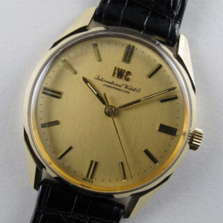 international-watch-co-ref-810-gold-vintage-wristwatch-circa-1969-wwiwcb-v01