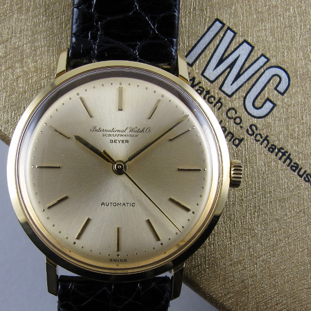 International Watch Company retailed by Beyer Ref. R 818A gold vintage wristwatch, circa 1970
