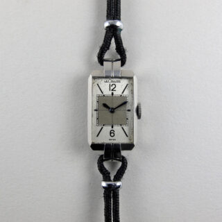 Jaeger-LeCoultre cal. 404 lady's steel vintage wristwatch, circa 1937
