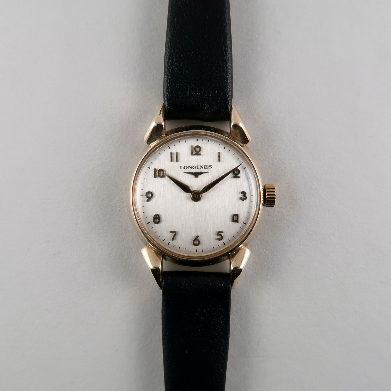 Longines cal. 14.16 invoiced 1956 | 9ct gold lady's hand wound vintage wristwatch