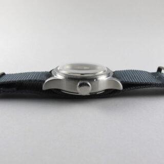 Steel Longines Ref. 2443 retailed by T.S. Cuthbert, Glasgow, vintage wristwatch circa 1939