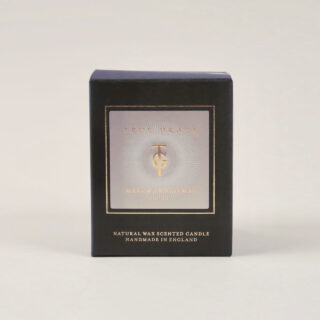 Manor Christmas Scented Candle