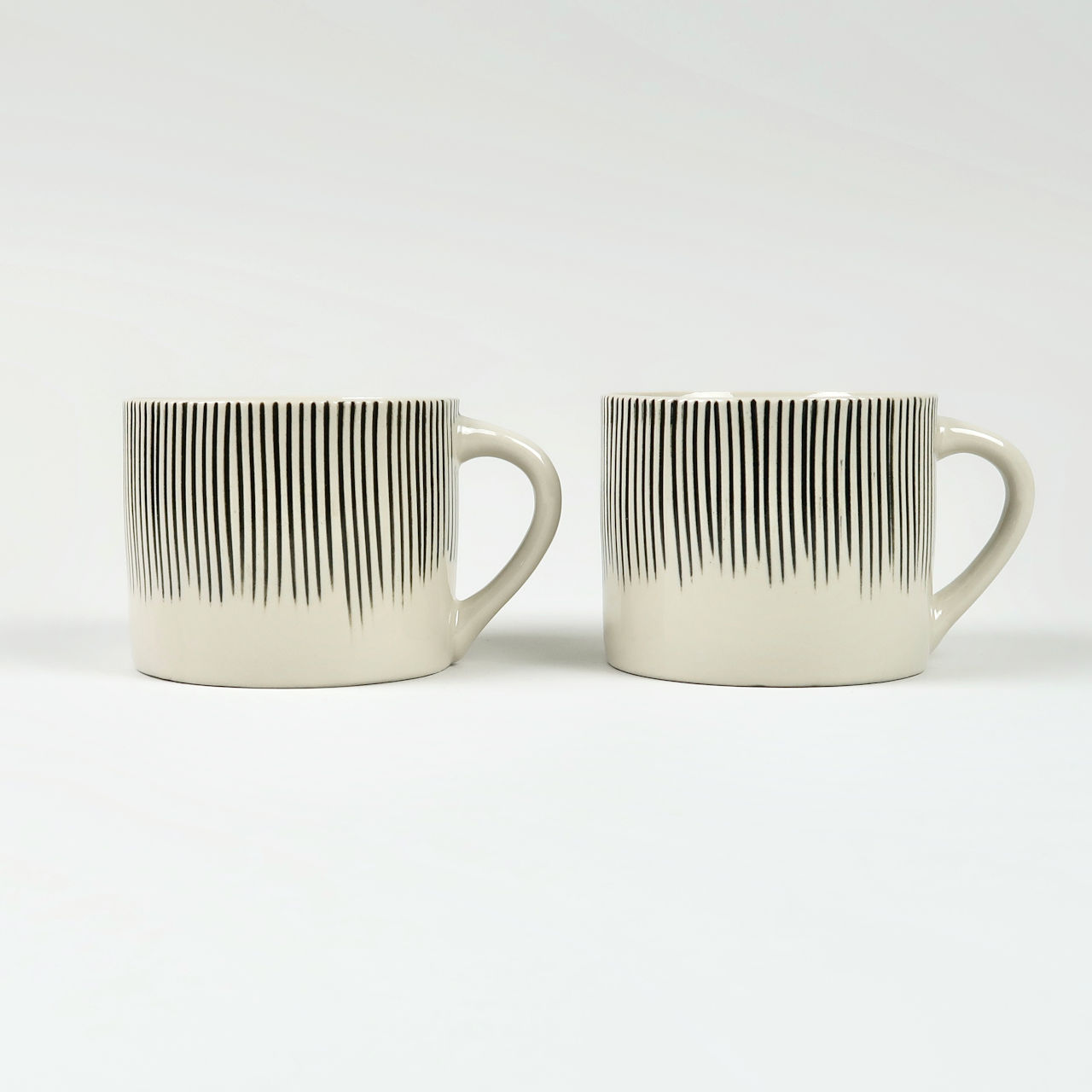 Pair of Short Karuma Mugs - Black
