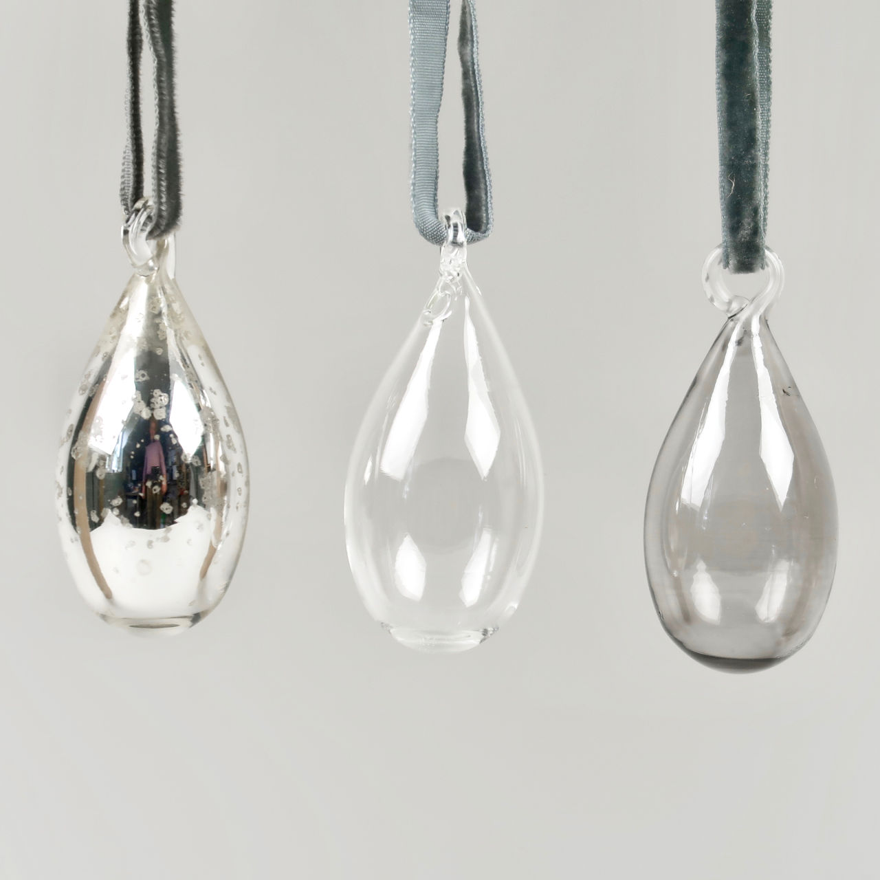 Tikari Glass Baubles - Set of 3 - Small