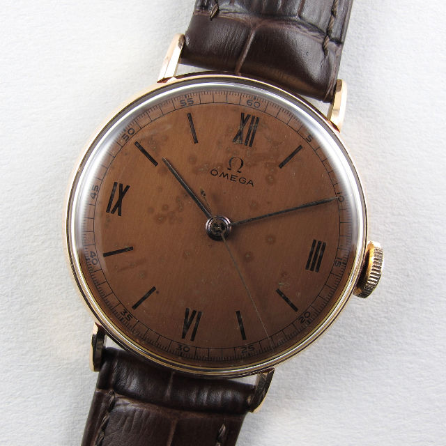 Omega 14ct pink gold vintage wristwatch, circa 1943