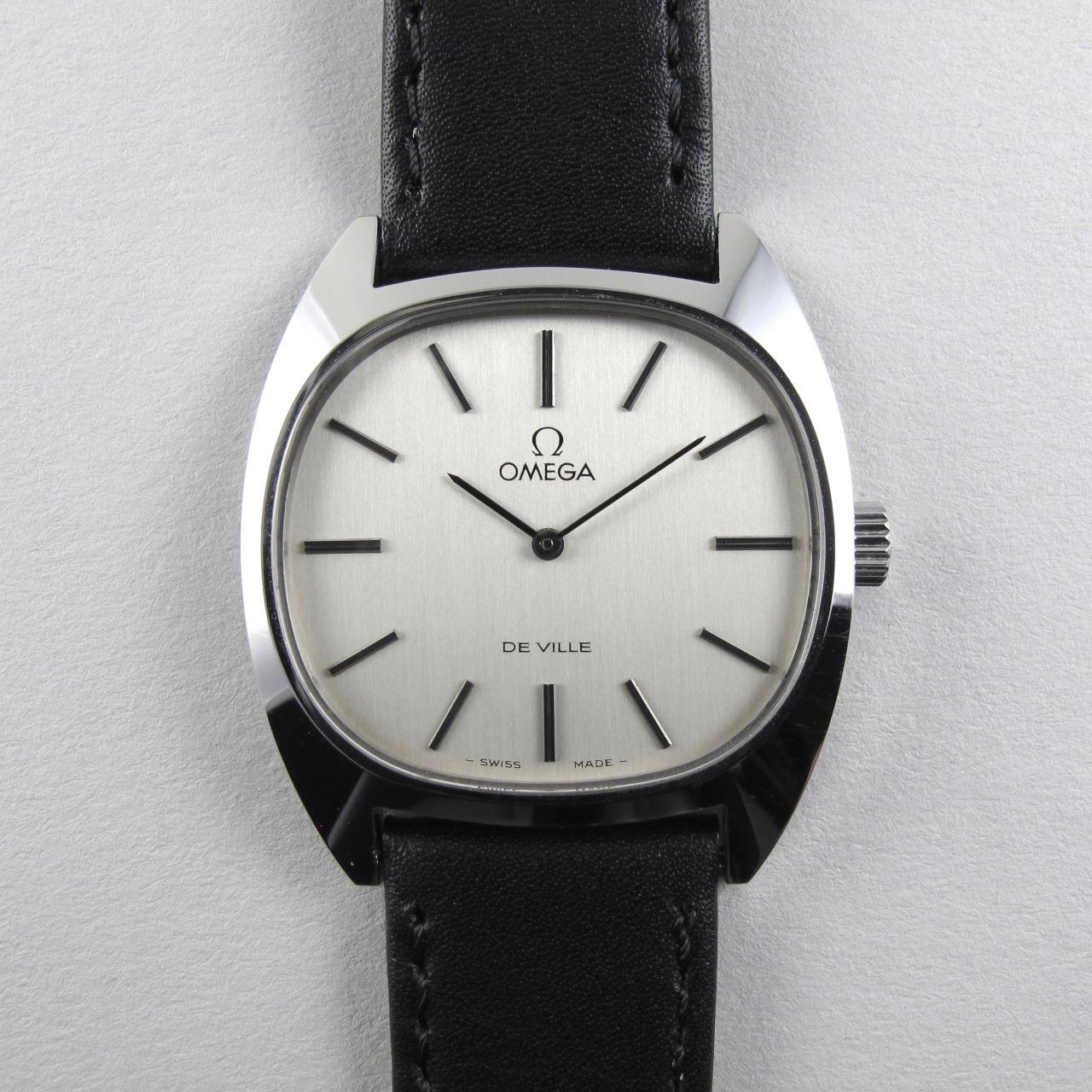 Omega de Ville Ref. 111.0132 steel vintage wristwatch, circa 1975