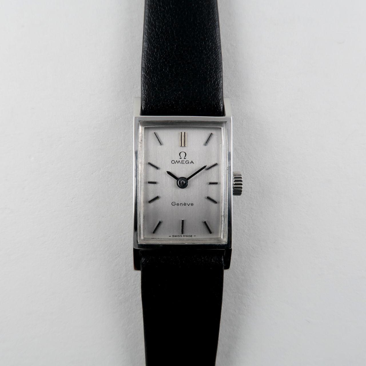 Omega Genève Ref. 511.357 circa 1971   steel rectangular lady's wristwatch
