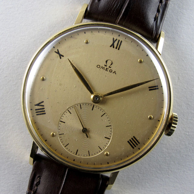 Omega Ref. 2180 18ct gold vintage wristwatch, circa 1947