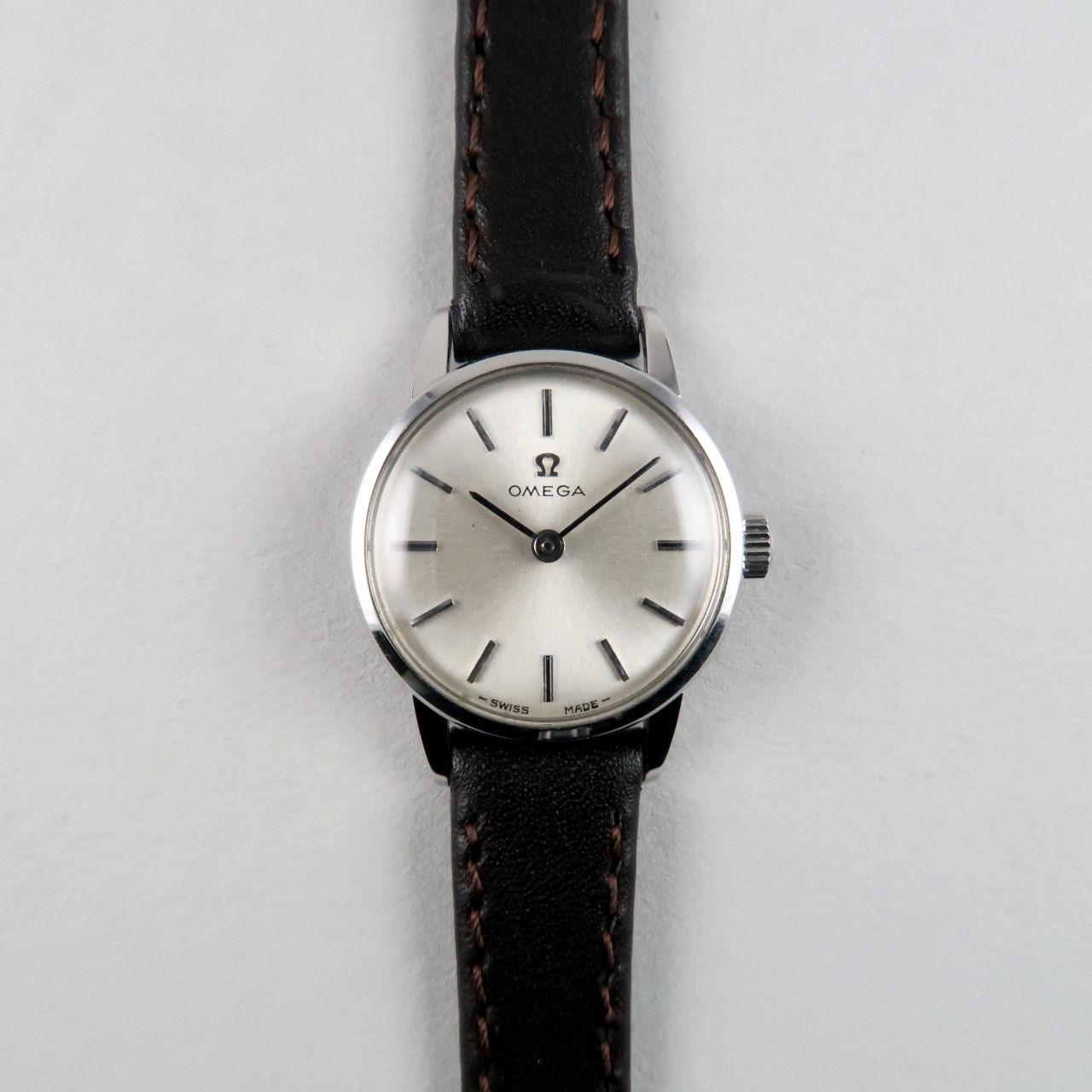 Omega Ref. 511.015 lady's steel vintage wristwatch, circa 1965