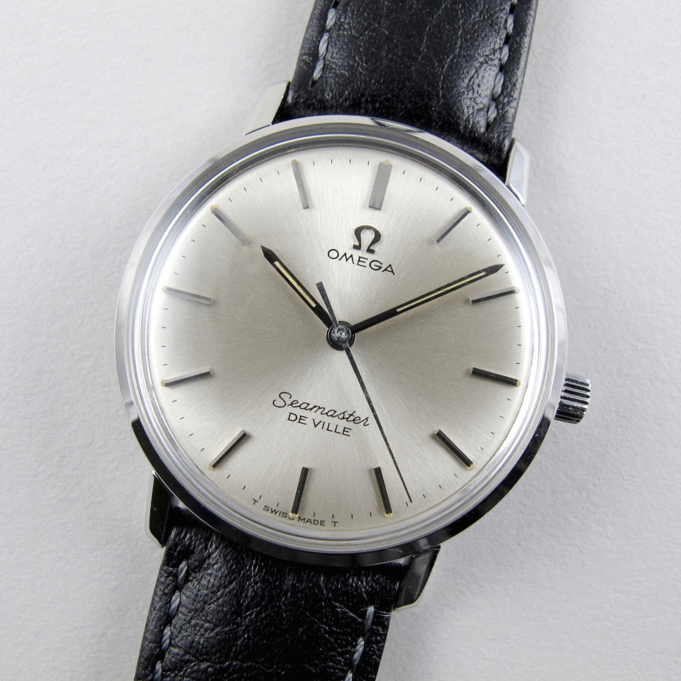 Omega Seamaster de Ville Ref. 135.010 vintage wristwatch, circa 1967