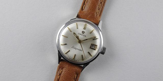 omega-seamaster-ladymatic-ref-566-001-steel-vintage-wristwatch-circa-1965-wwoslm-blog