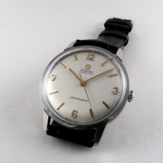 Omega Seamaster Ref. 165.002 sold 1968 | steel automatic vintage wristwatch with Omega box and certificate