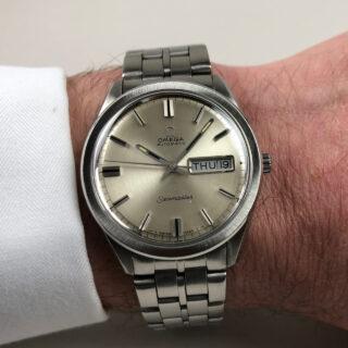 Omega Seamaster Ref. 166.032 circa 1970 | steel automatic vintage calendar watch