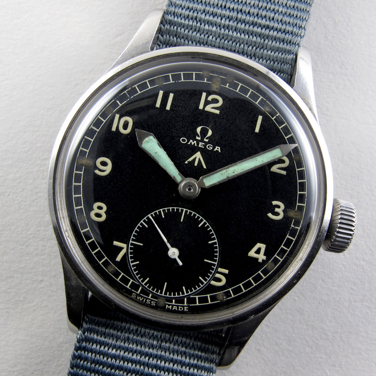 Omega WWW military steel vintage wristwatch, circa 1945