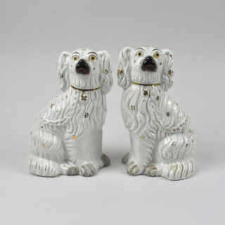 pair staffordshire gilt white dogs 01