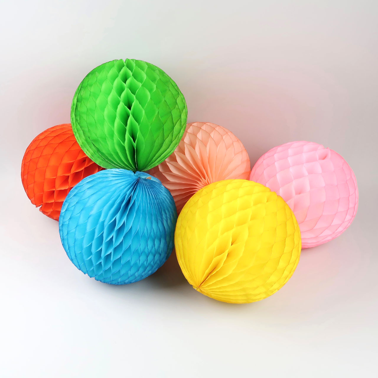 Honeycomb Paper Ball - 25cm Diameter