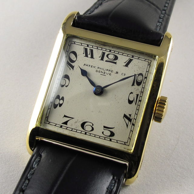 Gold Patek Philippe vintage wristwatch, made in 1922 and sold on January 9th, 1925