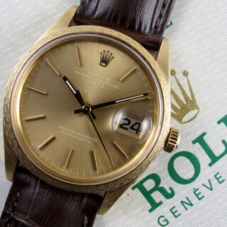 rolex-oyster-perpetual-date-decor-moire-chronometer-ref-1514-gold-vintage-wristwatch-hallmarked-1972-wwroro1-V01