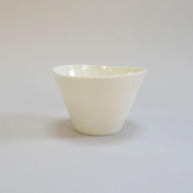 Plain ceramic tealight holder