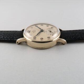 Smiths De Luxe gold vintage wristwatch, hallmarked 1962