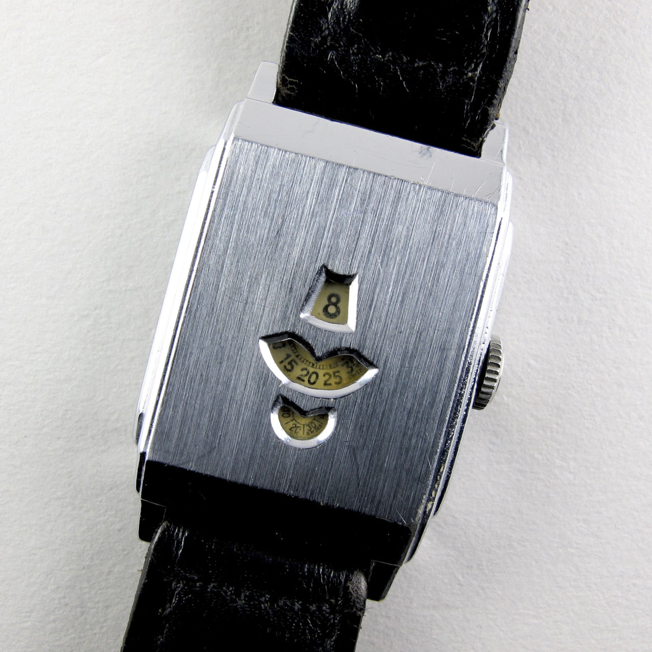 Swiss nickel-chrome vintage wristwatch, circa 1935