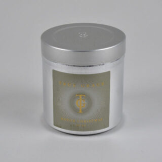 Manor Christmas Candle in a Tin