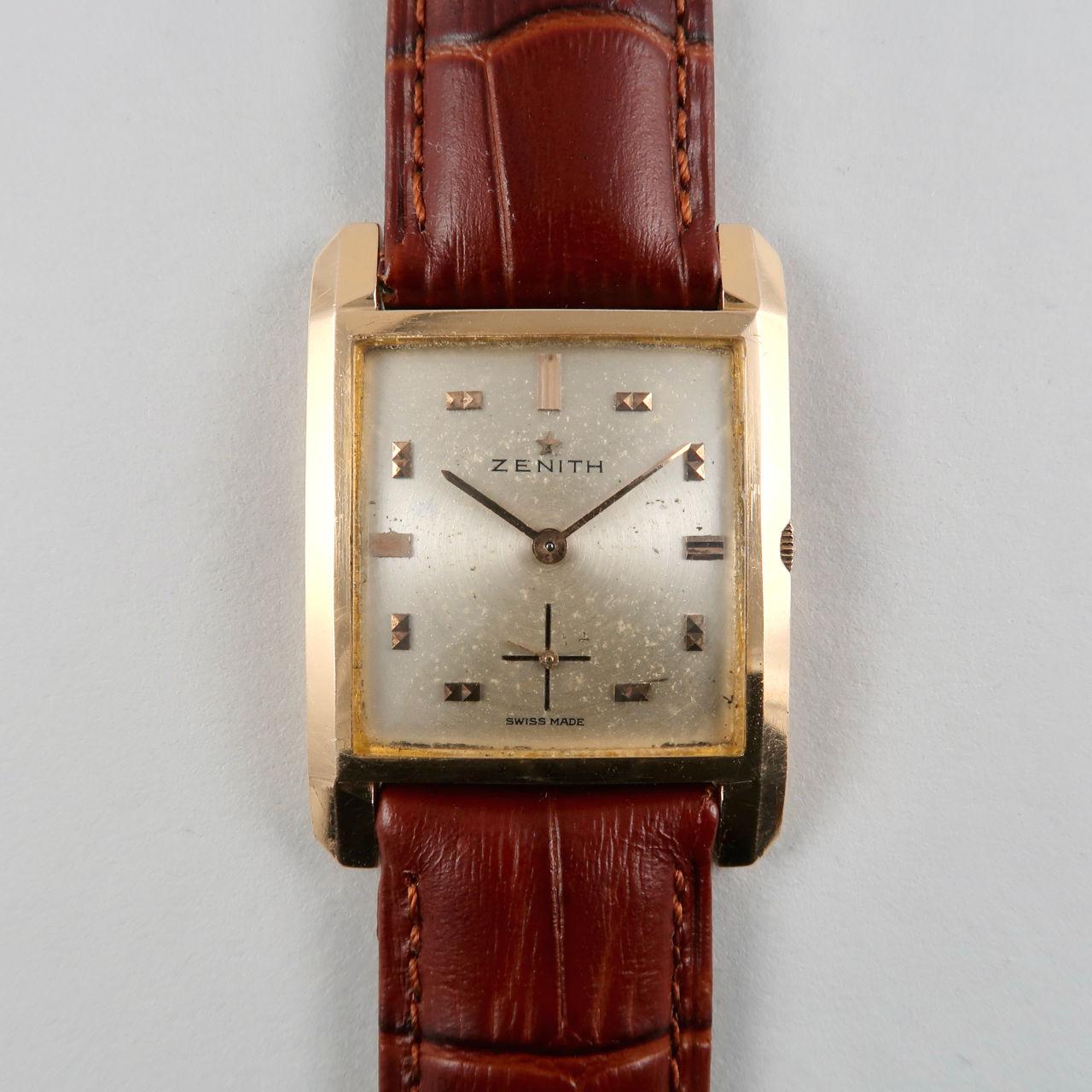 Zenith Cal. 810 circa 1950   18ct gold rectangular hand wound vintage wristwatch